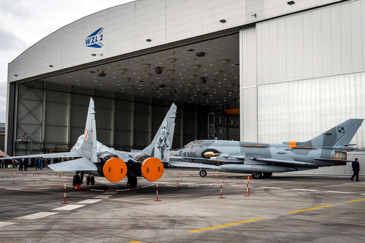 nowy hangar dla samolotów